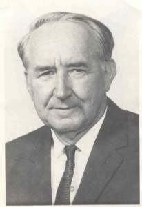 Rev G.T.Bustin in 1940.